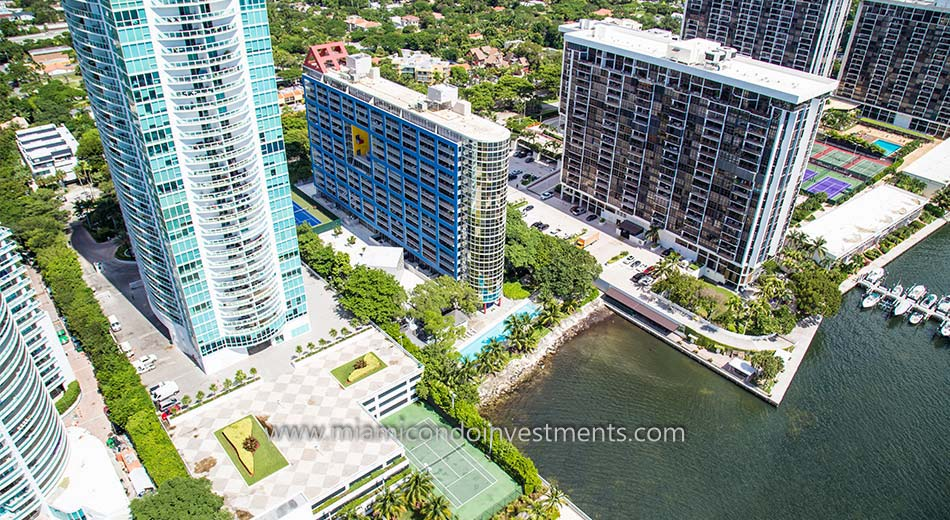 aerial photo of Atlantis on Brickell condos
