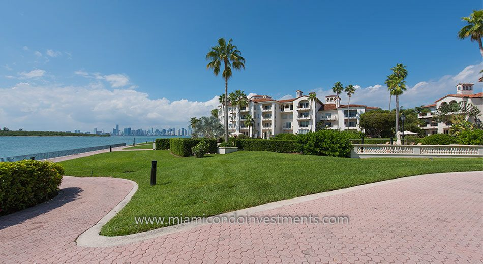 Bayside Village on Fisher Island