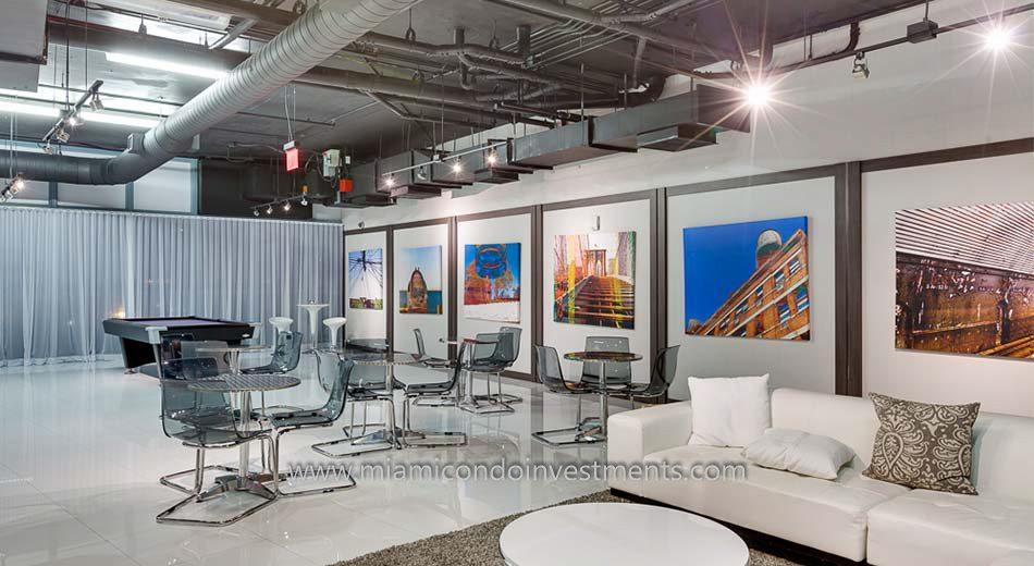 clubroom at Blue Condominium