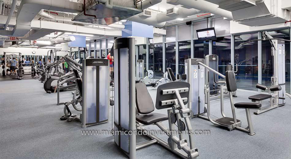 fitness center at Blue Condominium
