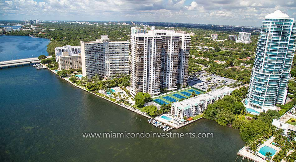 Brickell Bay Club aerial