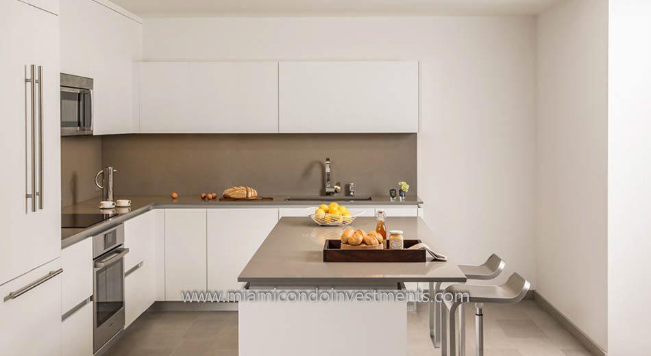 Brickell City Centre Rise kitchen