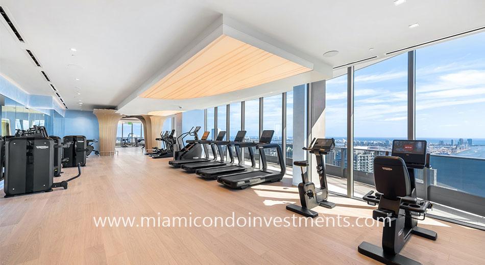 Brickell Flatiron rooftop fitness center