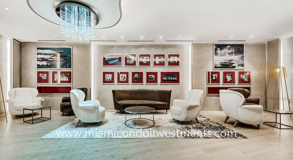 Brickell Flatiron lounge