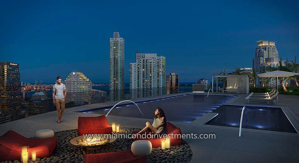 Brickell Heights 02 pool deck