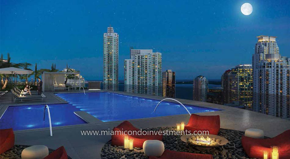 Brickell Heights 01 pool deck