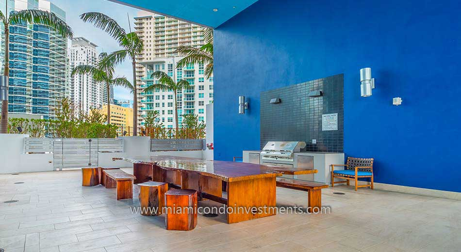 Brickell House BBQ area