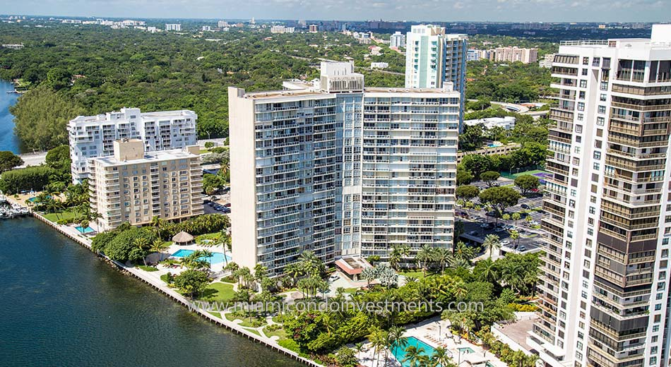 Brickell Townhouse condominiums