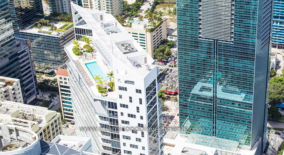 Brickell House rooftop pool