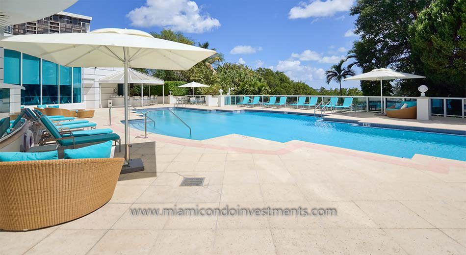 swimming pool at Bristol Tower condominiums