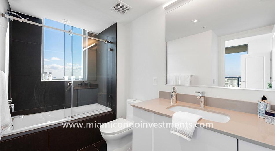 Canvas master bathroom