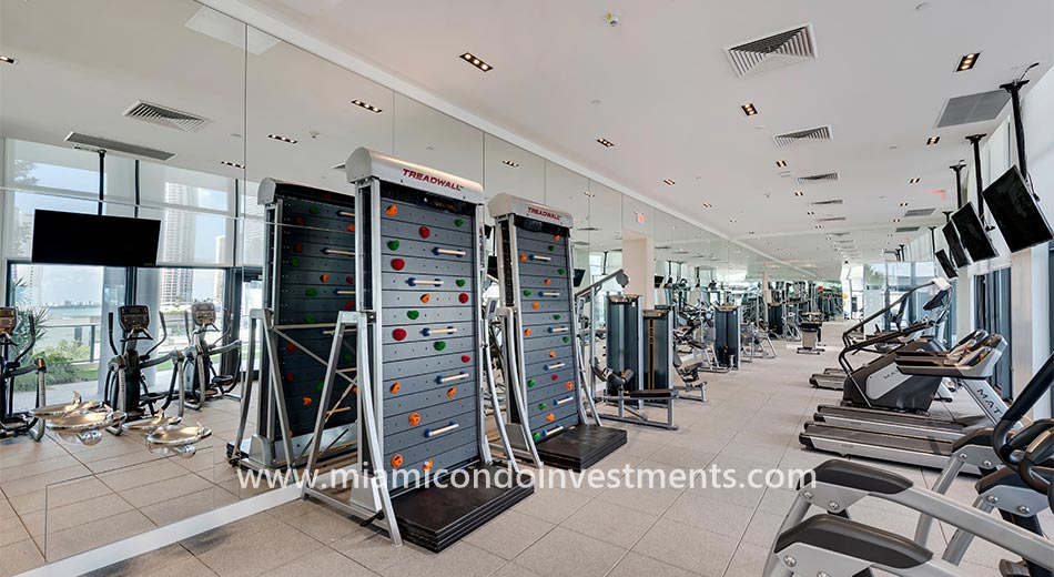Canvas fitness center