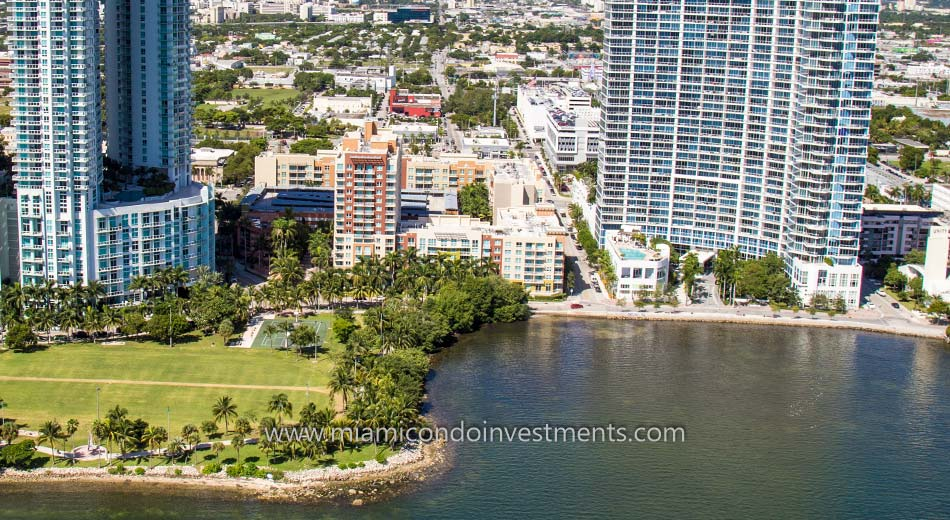 aerial view of Cite on the Bay east tower condos