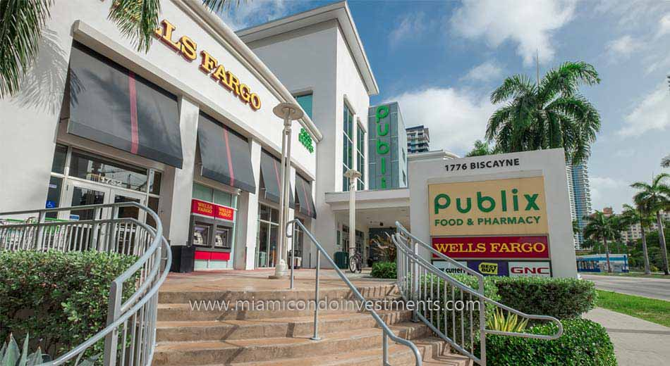 Publix grocery store in Edgewater Miami