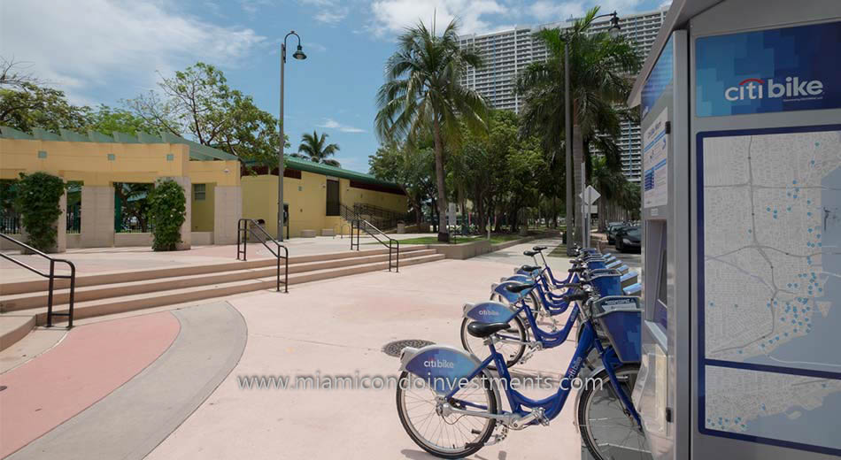 Citibikes at Margaret Pace Park in Edgewater Miami