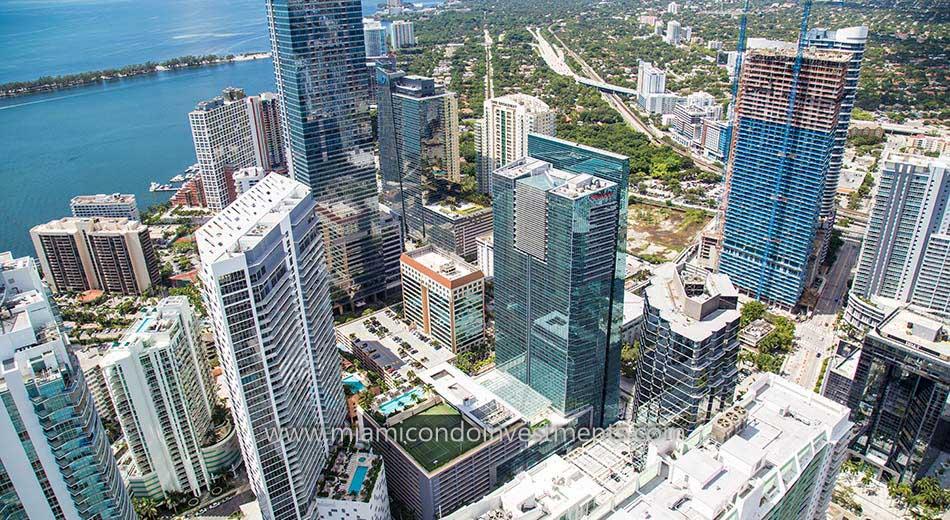 Espirito Santo Plaza Miami condo