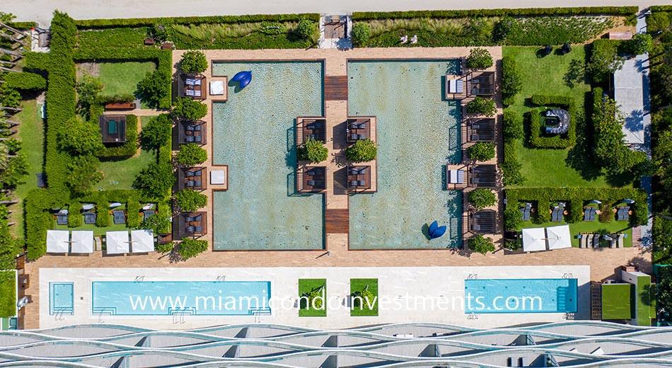 aerial view of Fendi Chateau pool deck