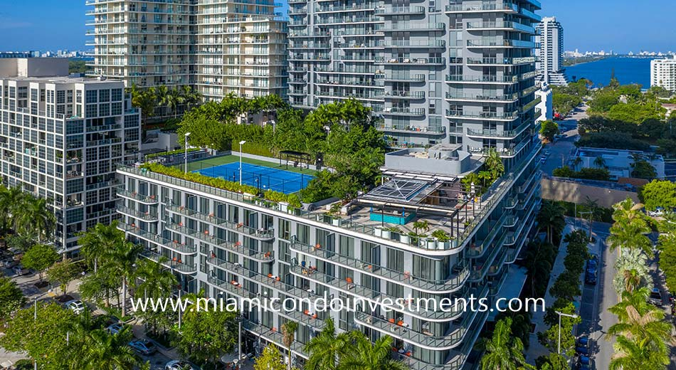 Hyde Midtown amenities deck