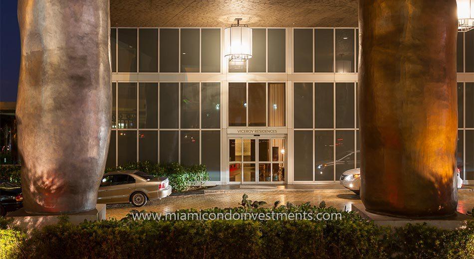 Icon Brickell tower 3 condo valet
