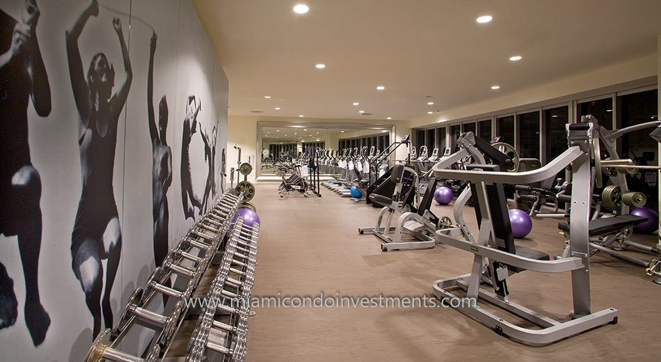 Icon Brickell tower 3 gym equipment