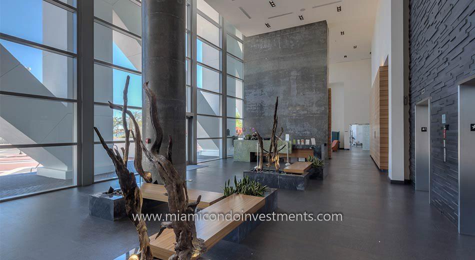 Marinablue lobby