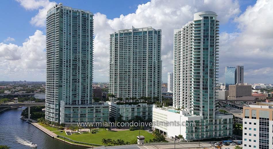 Miami River condos