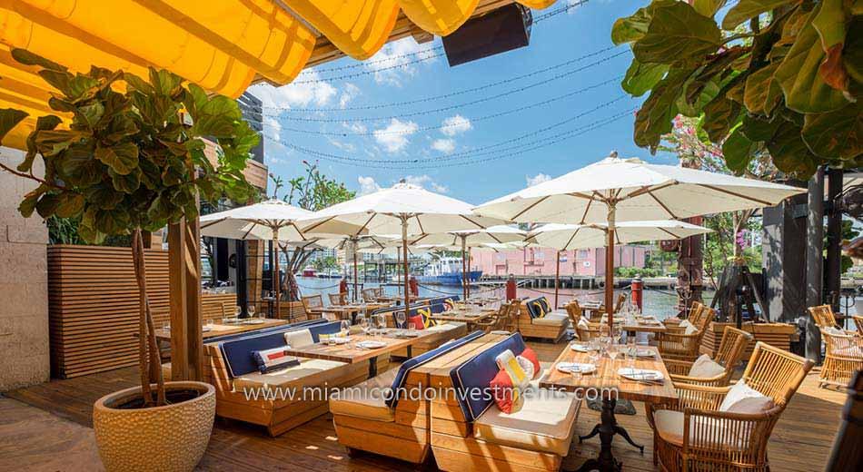 Restaurant along the Miami River