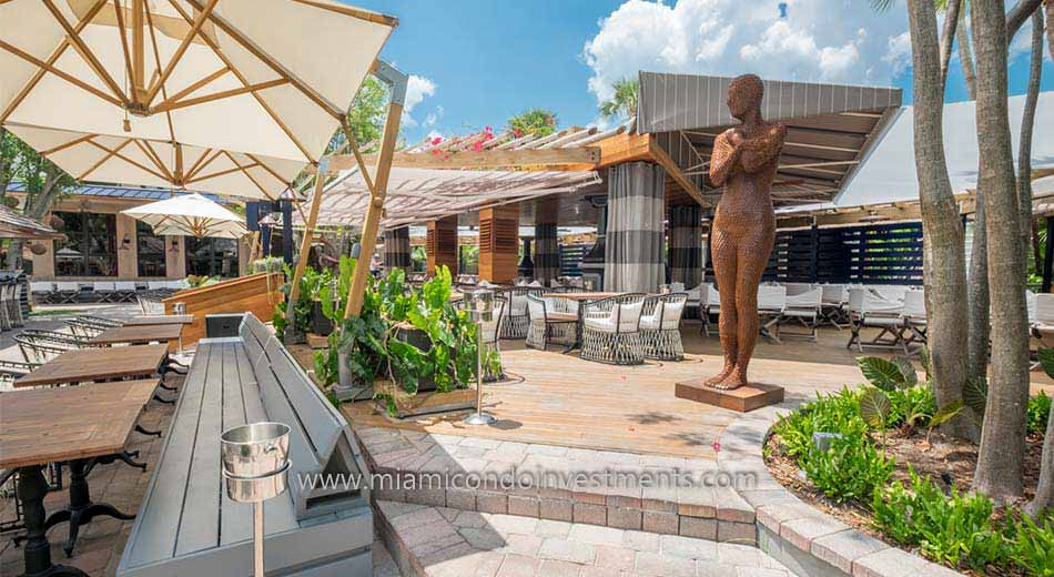 River Yacht Club restaurant along the Miami River