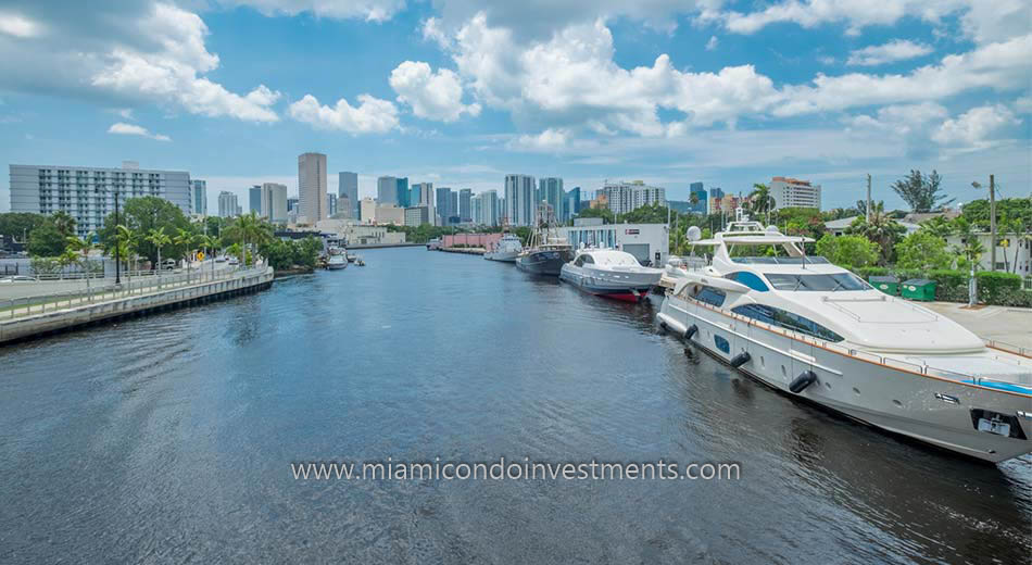 Miami River condos 2