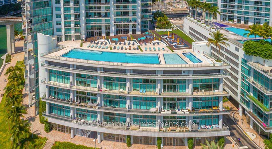 Mint condos pool deck