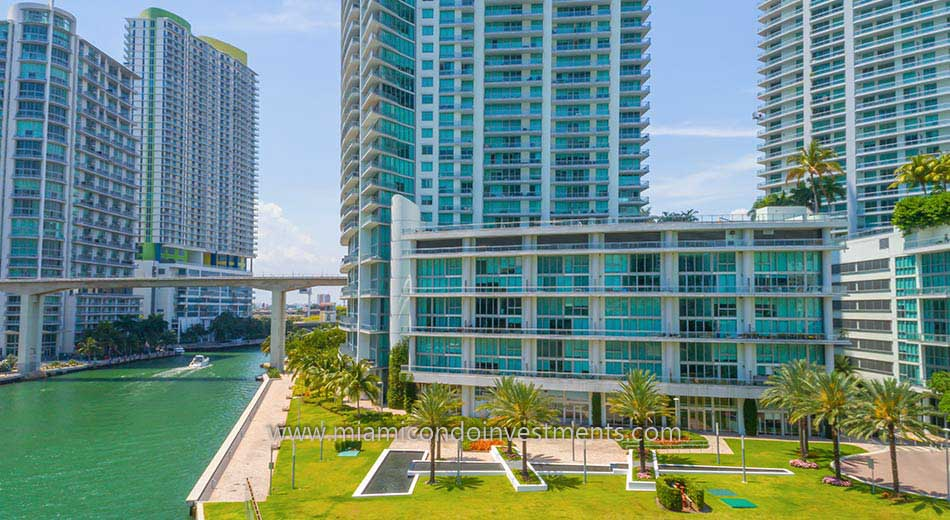 Mint condos on Miami River