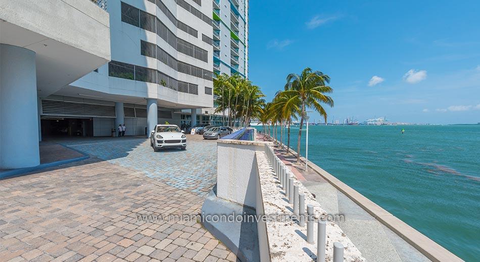One Miami valet drop off