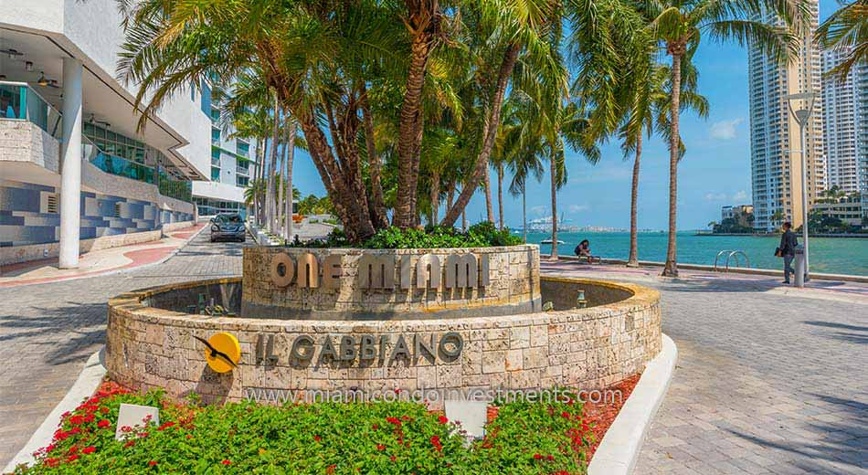 One Miami entrance
