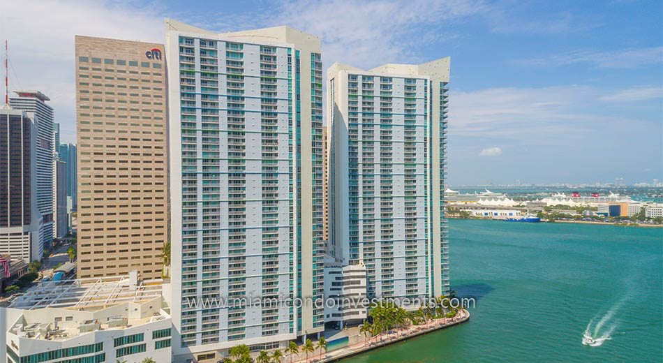aerial photo of One Miami west tower condos