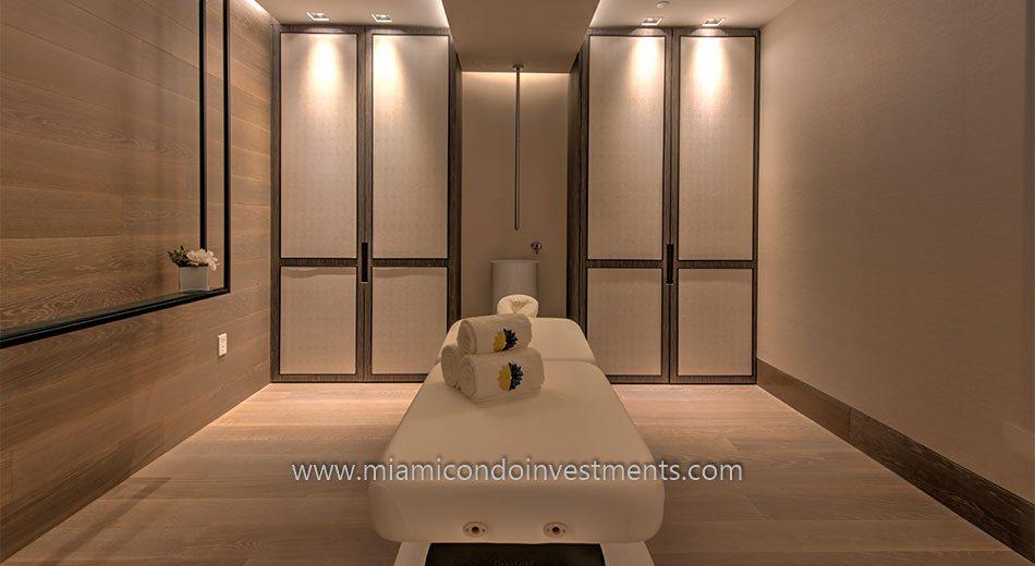 Palazzo Del Sol massage room