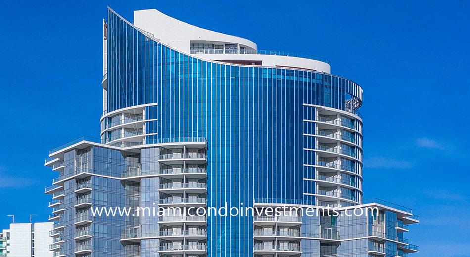 Paramount Miami crown