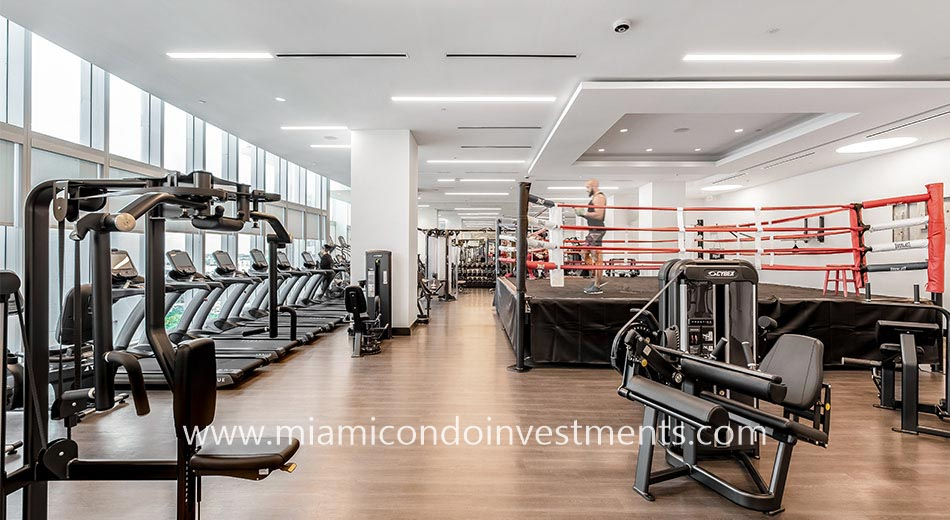 gym and boxing ring at Paramount Miami Worldcenter