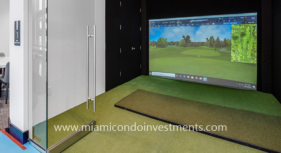 golf simulator at Paramount Miami
