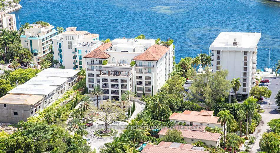 Residences at Vizcaya coconut grove condos
