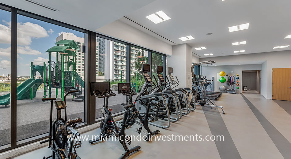 fitness center at rise brickell city centre