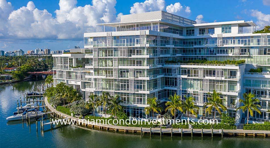 Ritz-Carlton Miami Beach condominium