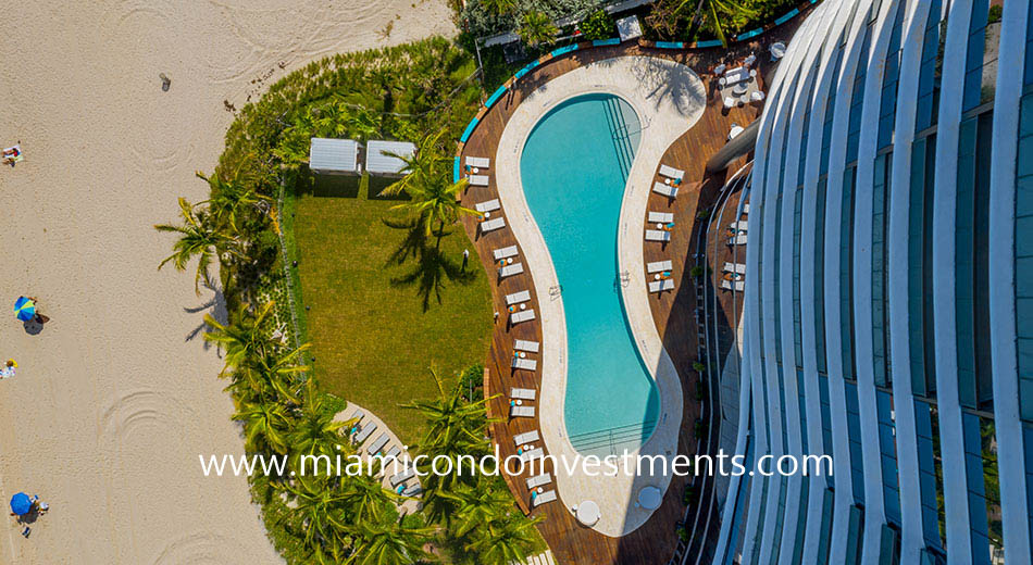 aerial view of the Ritz-Carlton Sunny Isles pool deck