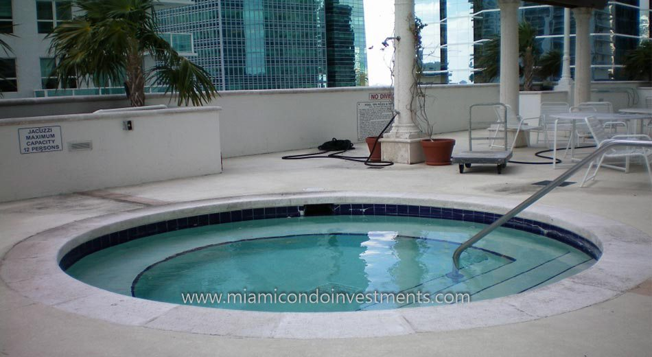 The Club at Brickell Bay condo hot tub