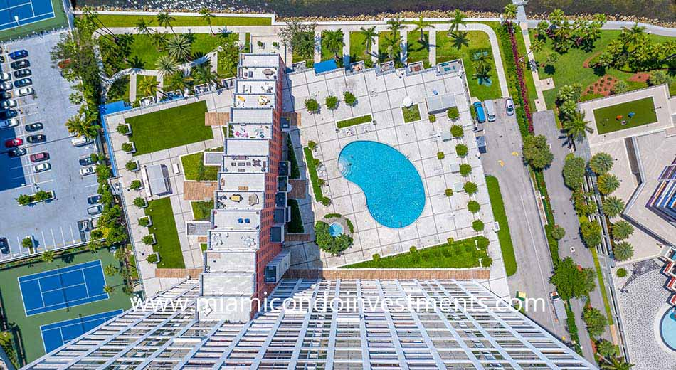 aerial view of The Palace pool deck