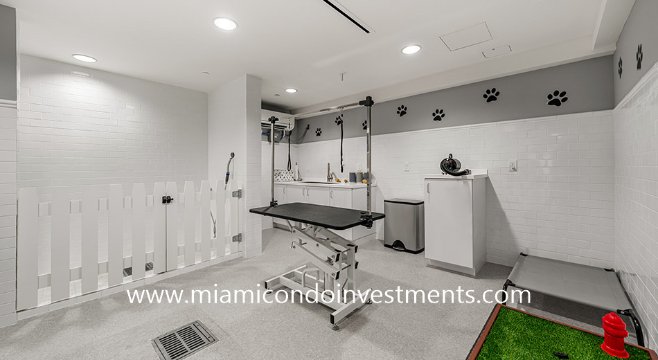 pet grooming room at The Ritz-Carlton Residences Miami Beach