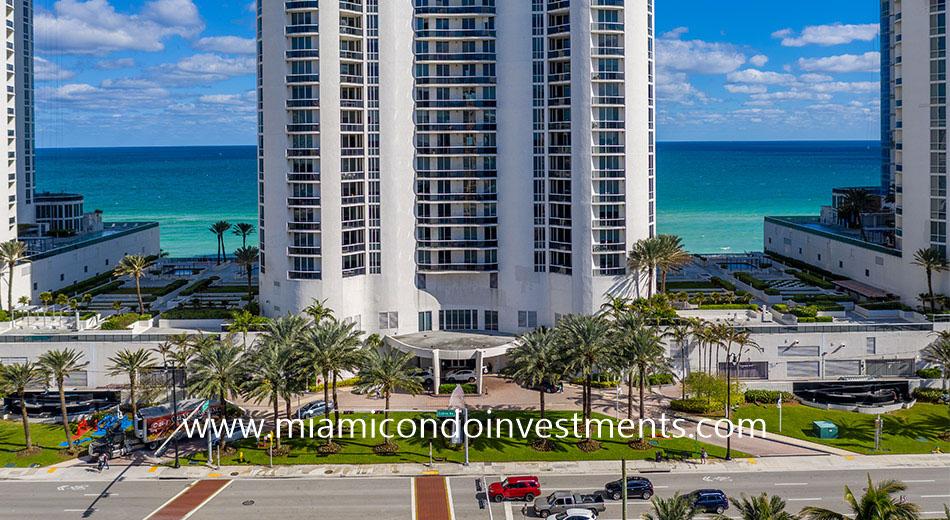 15901 Collins Ave Sunny Isles Beach FL 33160