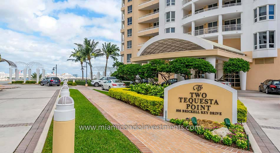 Two Tequesta Point condos entrance