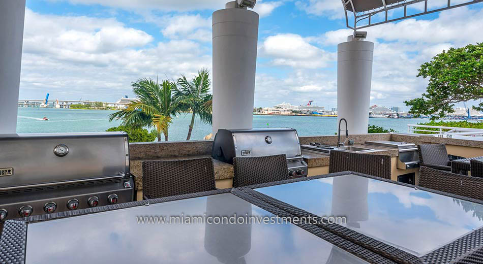 BBQ and outdoor kitchen at Two Tequesta Point