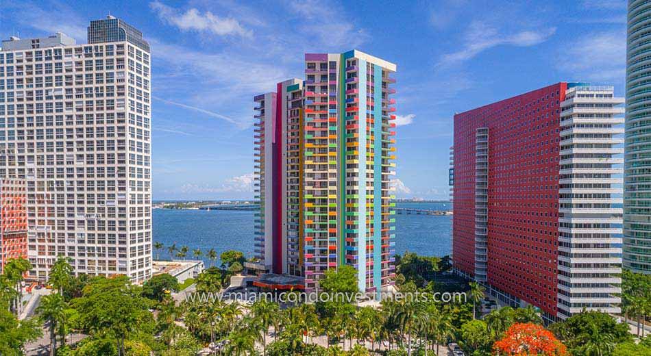Villa Regina condos in Brickell Miami