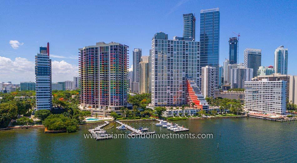 Villa Regina marina in Miami